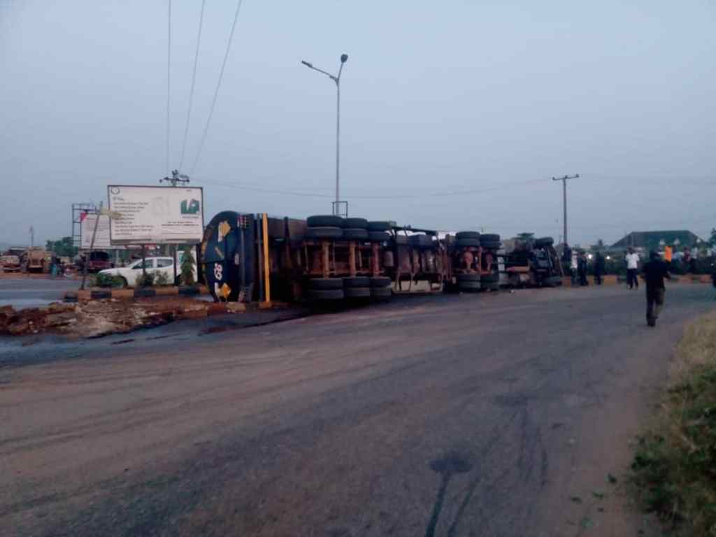 FRSC confirms tanker driver dead in Anambra road mishap